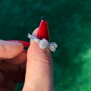 Bling Bling Bow Ring 💍 AAA 1.2ct cz